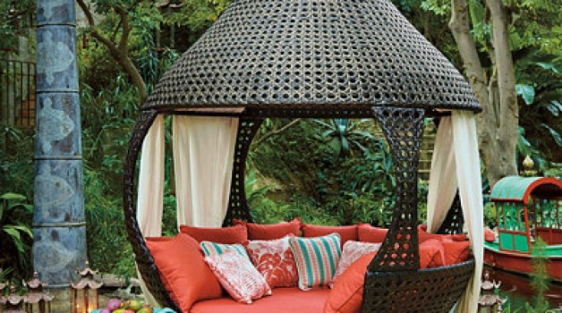 Summertime Daybeds: Oasis Daybed