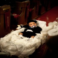 Kids in Weddings: The little red wagon